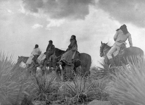 Apaches on horseback 1
