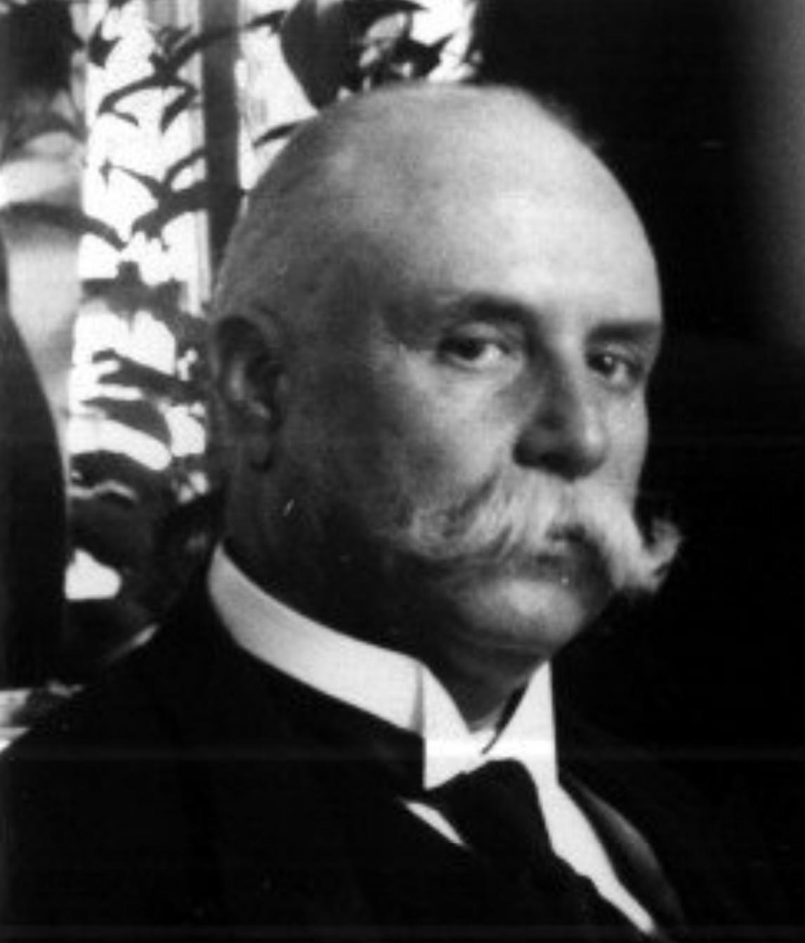 Enrique Creel